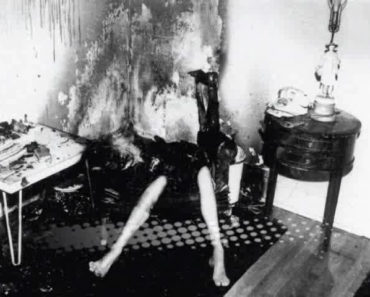 Spontaneous Human Combustion image coutesy of https://www.flickr.com/photos/87249144@N08/24600144241