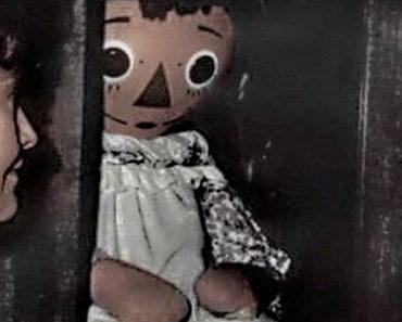 """Annabelle no museum"" by Felipe112233"